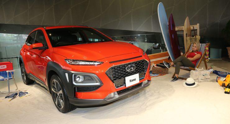 Hyundai Kona оборудована проекционным дисплеем