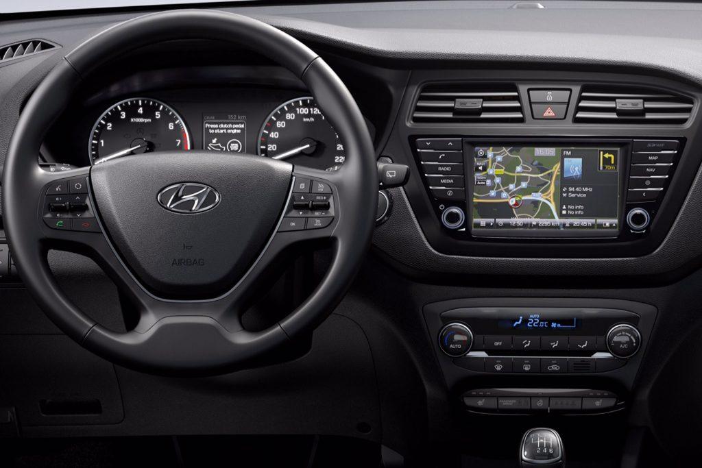 Интерьер Hyundai i20